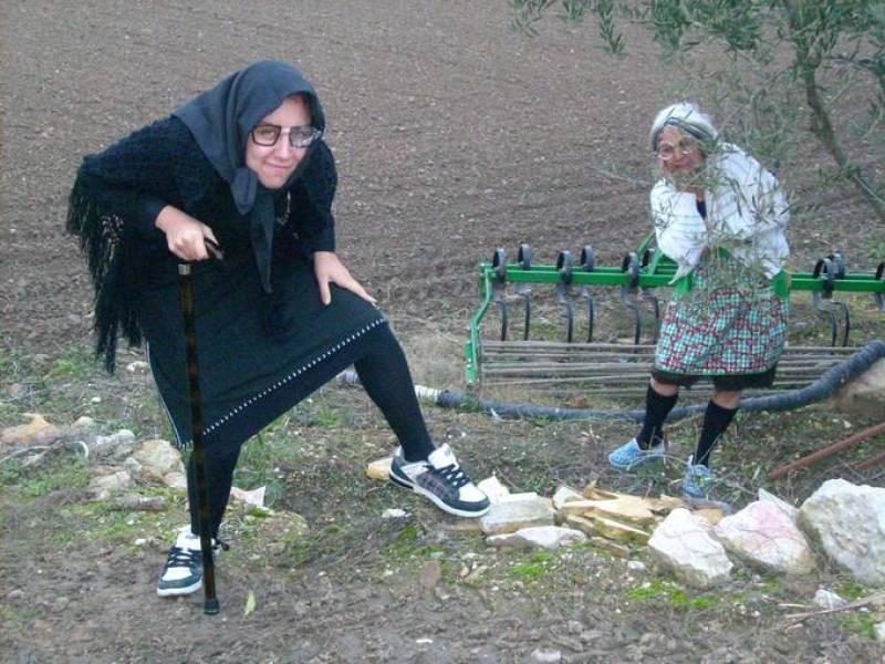 Leonor Segovia y su madre disfrazadas de La Vieja l' Visillo y La Blasa