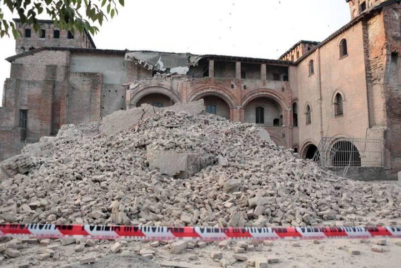 AL MENOS CUATRO PERSONAS MUERTAS EN EL NORTE DE ITALIA POR EL TERREMOTO
