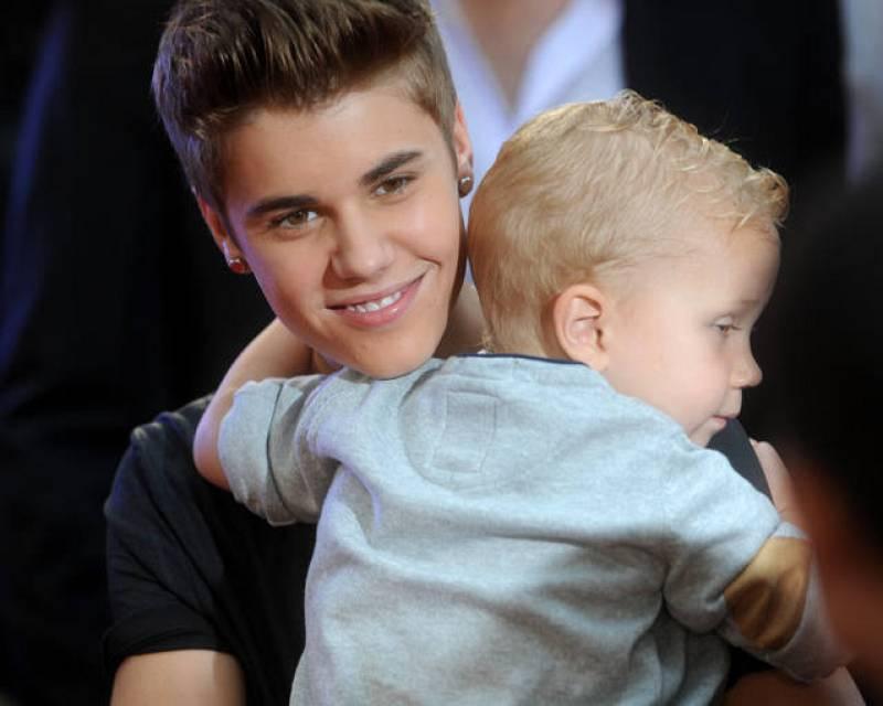 Justin ha encandilado a sus fans mostrando su lado más cariñoso con su hermano