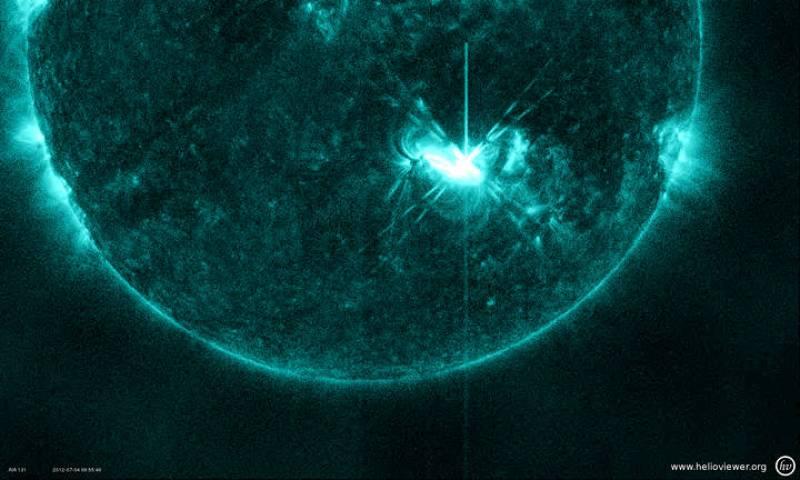 Una de las 12 llamaradas solares provocadas por la región 1515 durante los tres últimos días
