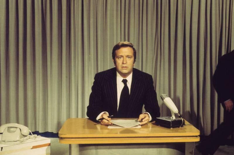 José Luis Uribarri, presentador de noticias