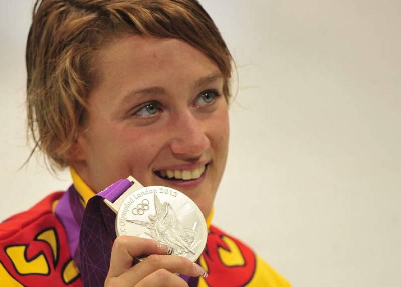 La española Mireia Belmonte Garcia (medalla de plata) reacciona tras competir en la final femenina de 200m estilo mariposa.