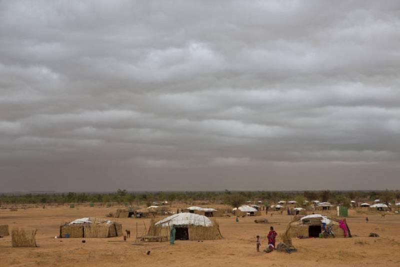 El campamento de Damba, en Burkina Faso, alberga a 3.900 refugiados malienses que huyeron de la guerra y la inestabilidad política en su país.