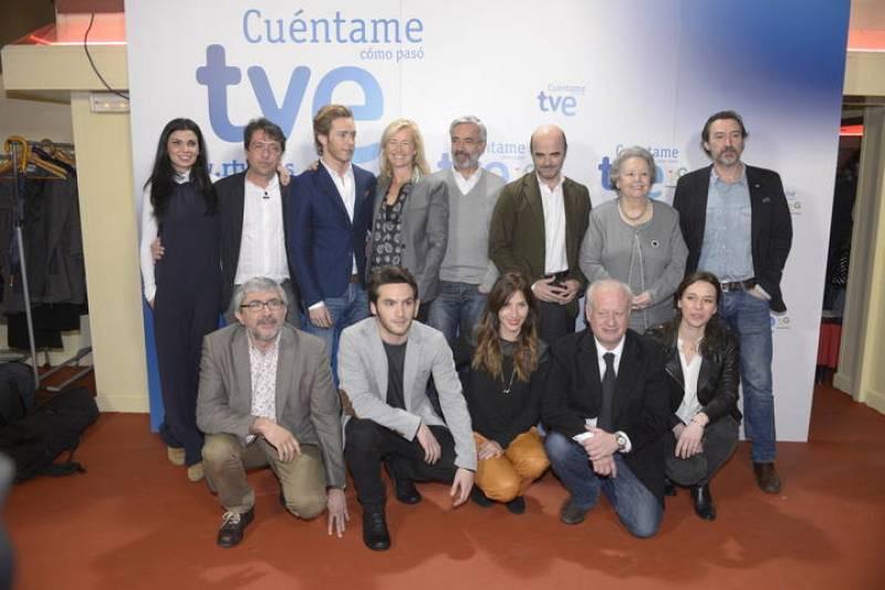El equipo de 'Cuéntame cómo pasó' ha presentado la 15ª temporada de la serie en la sala El Sol, uno de los principales locales de la Movida madrileña.