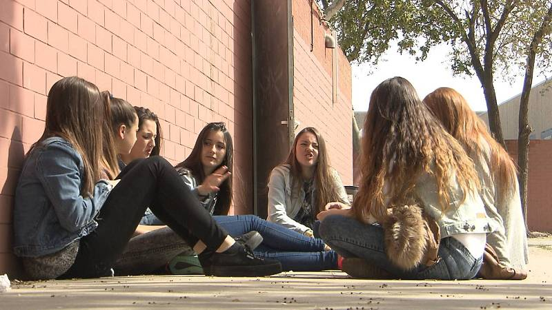 Alumnas de 3º de ESO del IES Salvador Dalí