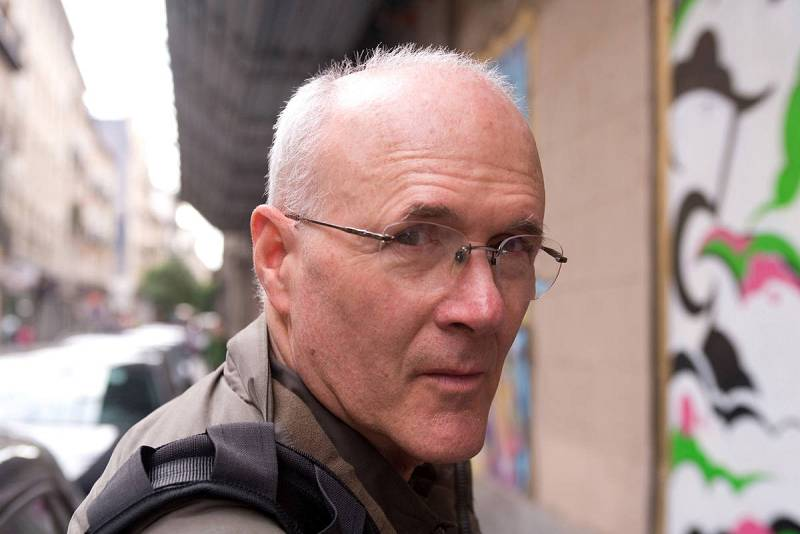 Henry Chalfant fotografiado por Mercedes Rodríguez