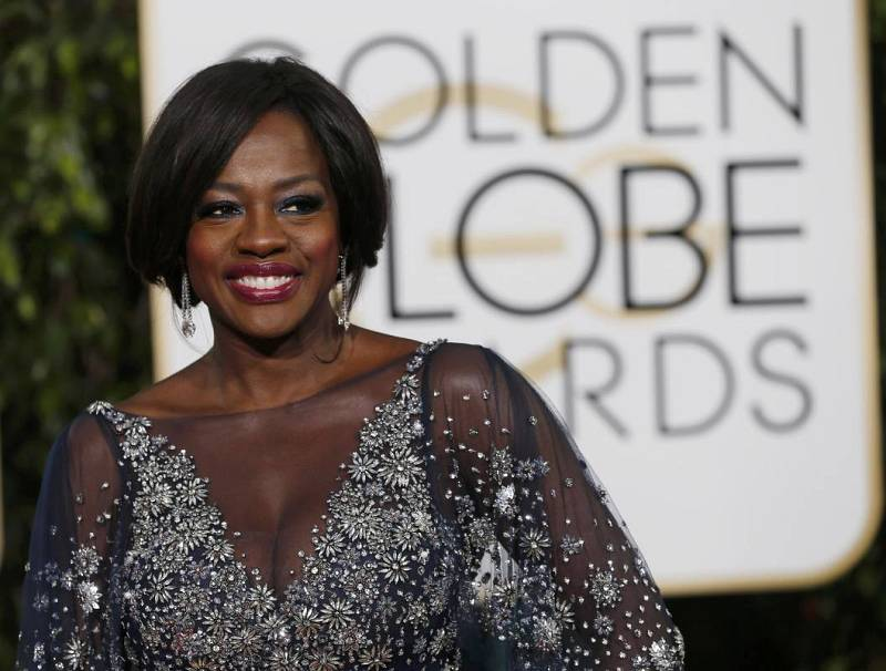 Actress Viola Davis arrives at the 73rd Golden Globe Awards in Beverly Hills