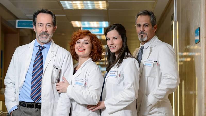 Parte del equipo de 'Centro Médico'