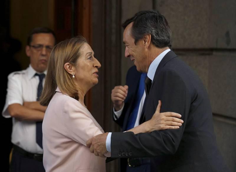 La ministra de Fomento en funciones, Ana Pastor, la candidata del PP a presidir el Congreso