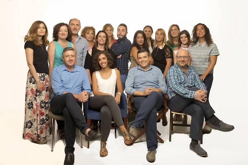 El equipo de 'Las mañanas de RNE'. Sentados: Ramón Arangüena, Raquel M. Alonso, Alfredo Menéndez y Javier Capitán