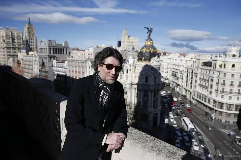 Joaquín Sabina posa en Madrid