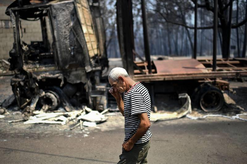 Un gran incendio asola el centro de Portugal