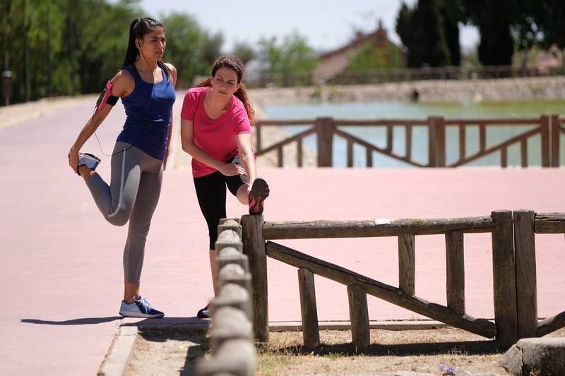 Nacha y Espe hacen deporte juntas