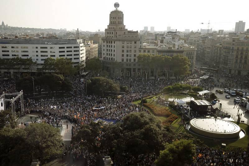 Vista general de la Plaza Catalunya durante la manifestación en Barcelona