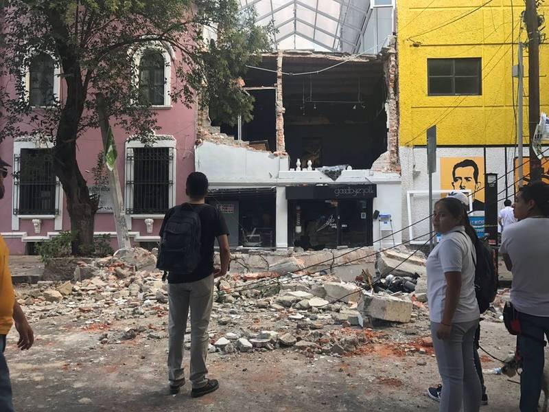 Un edificio completamente destruido en Ciudad de México