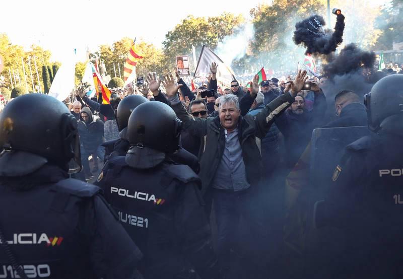 Incidentes aislados y puntuales durante la manifestación de taxistas en Madrid