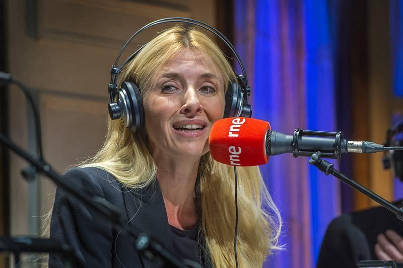 Cayetana Guillén Cuervo dando vida a Margarita Xirgu.