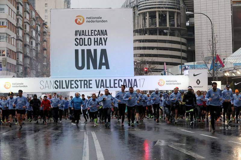 Imagen de la salida de la carrera popular en la San Silvestre Vallecana 2017.