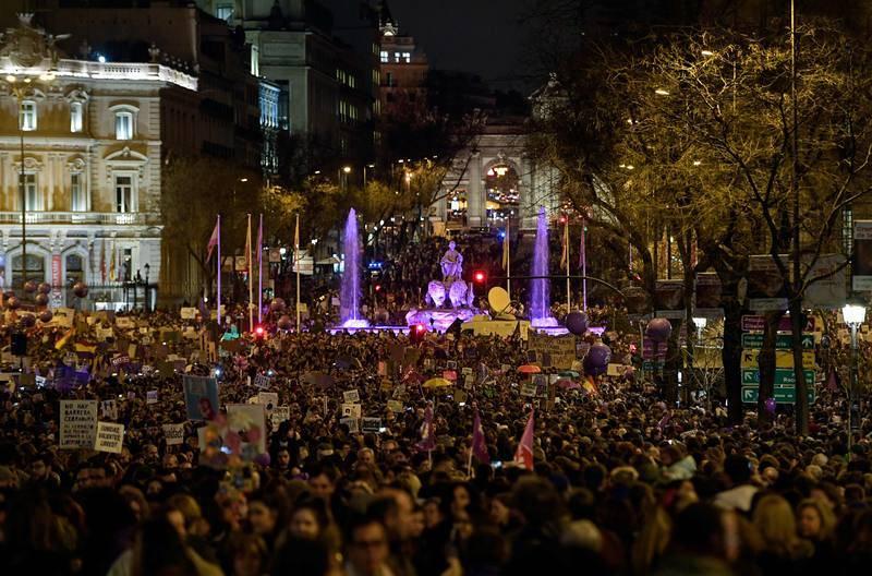Concentración a la altura de la Plaza de Cibeles (Madrid)