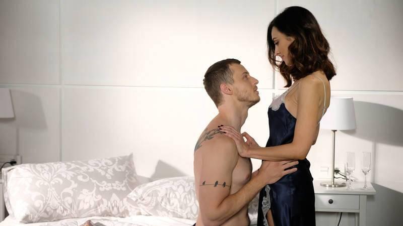 Mayoral y Sofía siguen con su relación