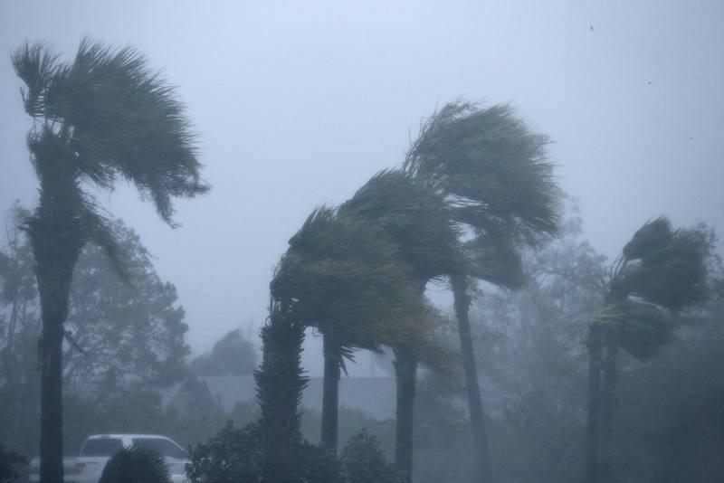 Rachas de viento de hasta 250 km/h en Panama Beach (Florida)