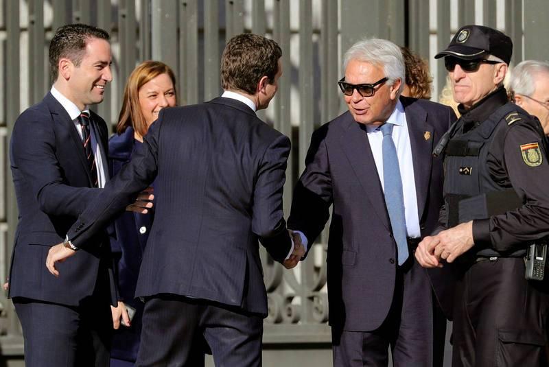 El expresidente Felipe González llega al Congreso para celebrar el 40º aniversario de la Constitución
