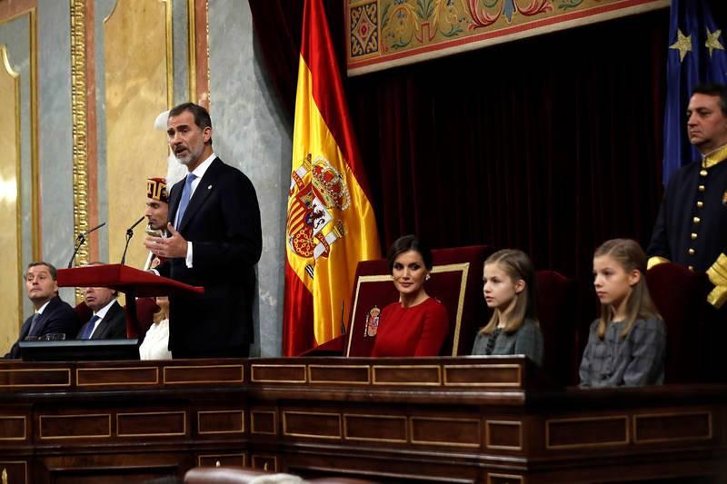 Felipe VI reivindica la figura de su padre y la concordia que significa la Constitución