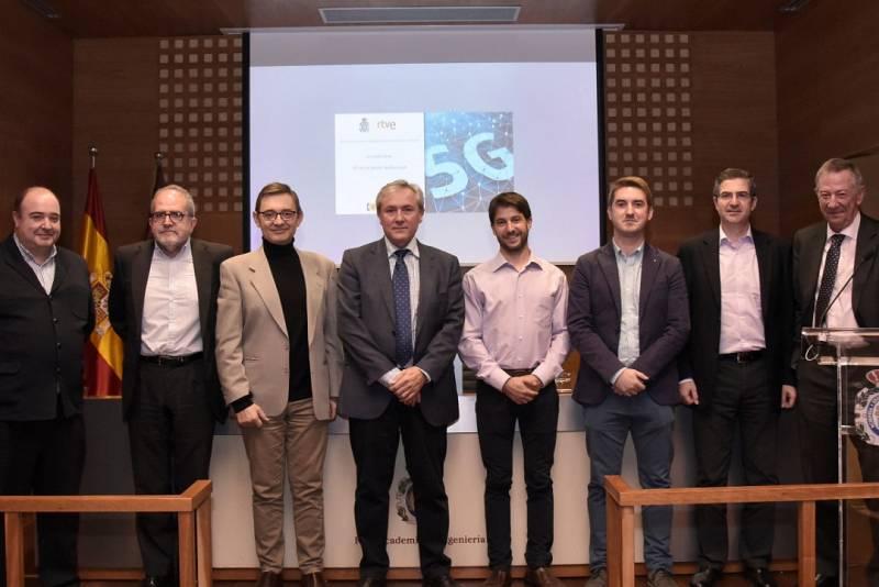 Participantes en la Jornada sobre Tecnología 5G en el sector audiovisual, organizada por el Observatorio RTVE - RAING