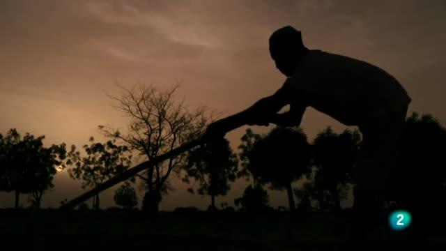 La 2 Noticias - Esclavos del siglo XXI