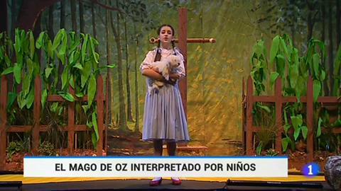 30 niños suben a escena El mago de Oz en un teatro de Madrid