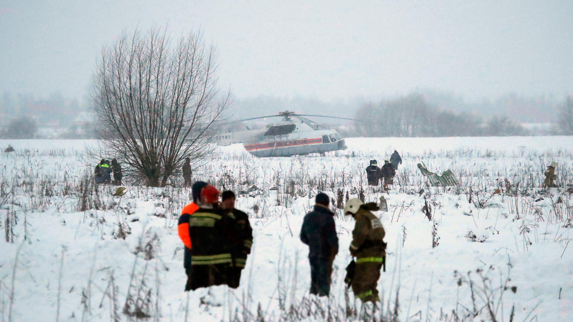 71 muertos en un accidente aéreo en las afueras de Moscú