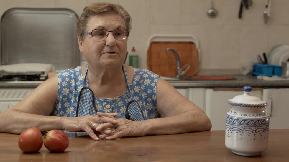 IX Concurso de Cortos RNE - Abuela Esperanza