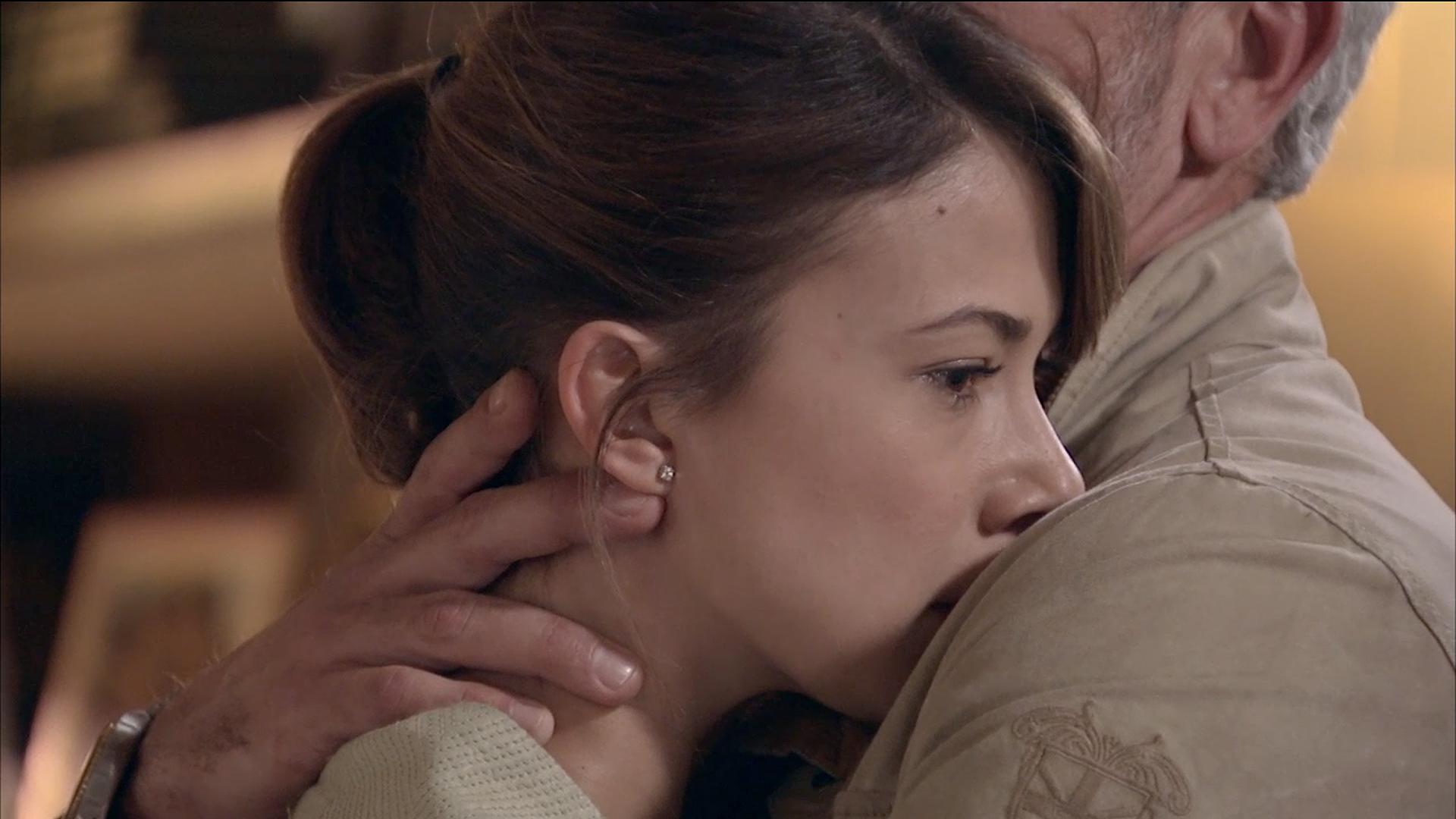 Servir y Proteger -. El acercamiento más tierno entre Quintero y Alicia
