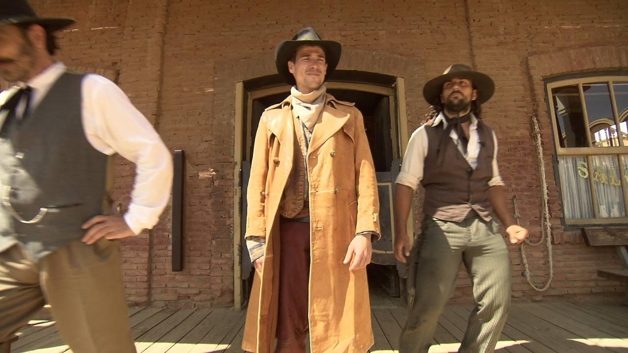 El actor se convierte en un auténtico vaquero en pleno desierto de Tabernas, en Almería