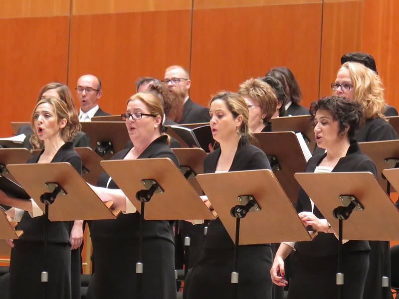Actuación del Coro RTVE, dirigido por Javier Corcuera