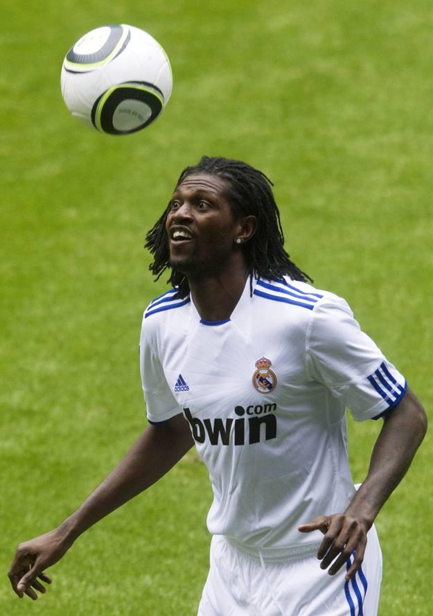 Adebayor, nuevo jugador del Real Madrid, en su presentación.
