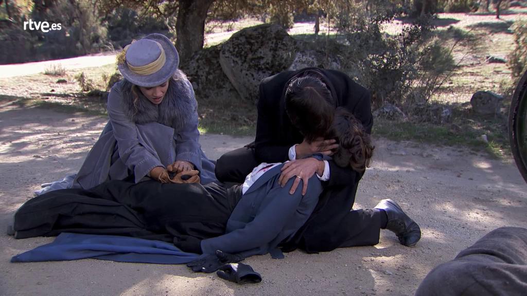 Acacias 38 - Adela muere para salvar la vida de Simón