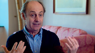 Alain Vigneau lleva sus enseñas de clown al público con un libro y documental