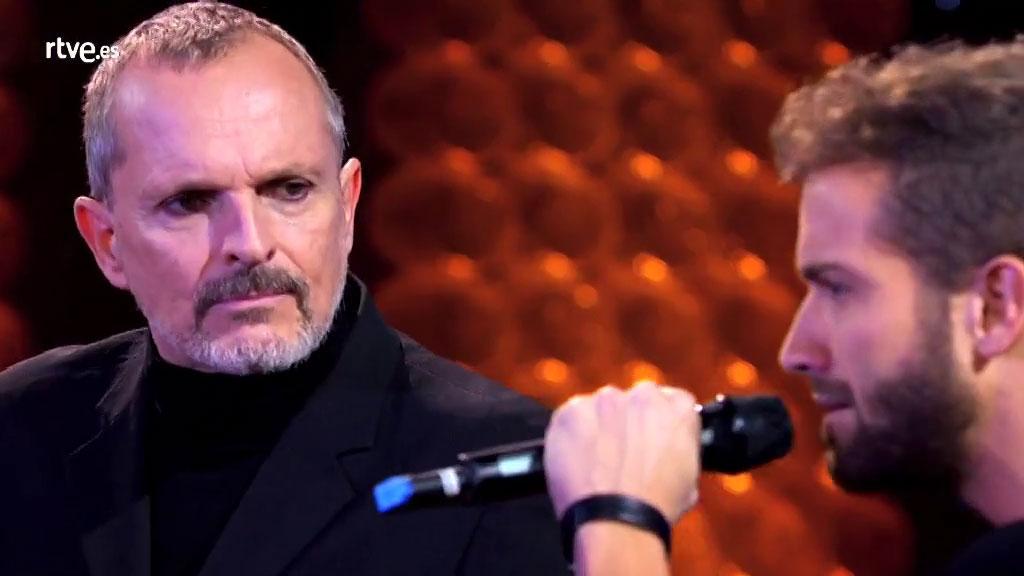 """Especial Miguel Bosé - Pablo Alborán canta con Miguel Bosé """"No hay un corazón que valga la pena"""""""