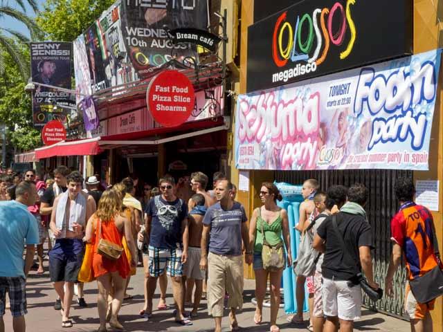 """El alcalde de Lloret dice que hará lo posible para """"erradicar el turismo de borrachera"""""""