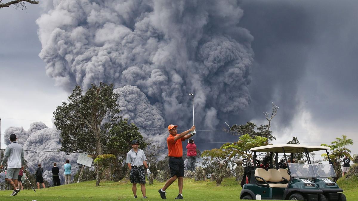 Alerta roja para aviación en Hawái por una enorme nube de cenizas del volcán Kilauea