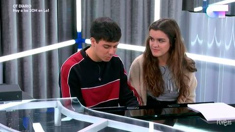 Operación Triunfo - Alfred y Amaia ensayan al piano