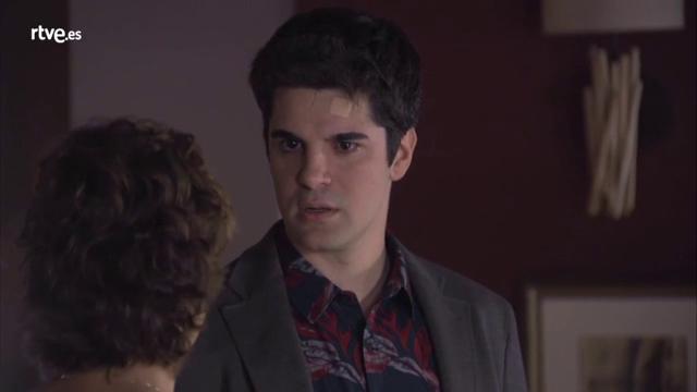 Servir y proteger - Alicia cuenta a Julio que Quintero ha muerto