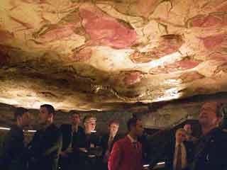 Después de ocho años cerrada al público, la cueva de Altamira volverá a recibir visitas