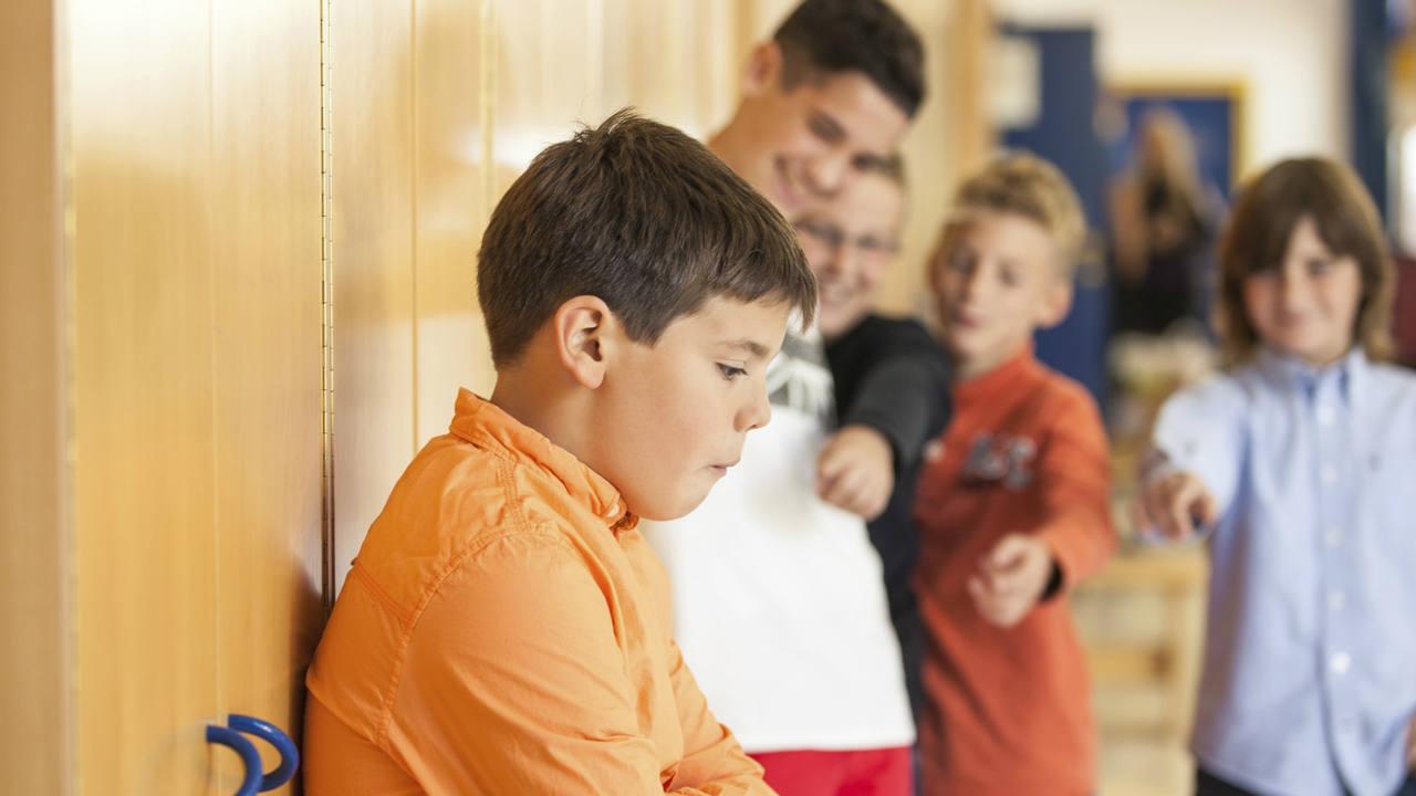 Un alumno sufriendo acoso escolar