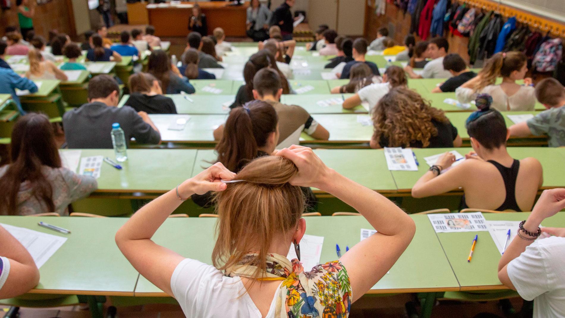 Los alumnos extremeños que no se examinaron de las optativas de Selectividad el pasado jueves podrán hacerlo el lunes