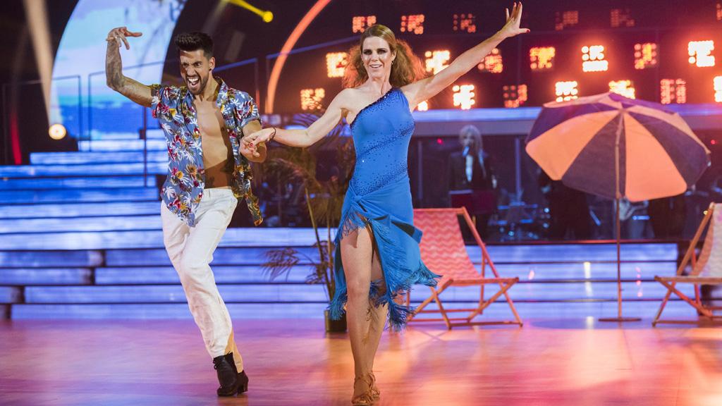 """Bailando con las estrellas - Amelia Bono y Rubén Rodríguez bailan """"Sofía"""""""