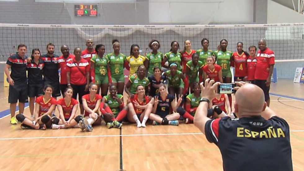 Voleibol - Amistoso Selección Femenina: España-Camerún. Resumen
