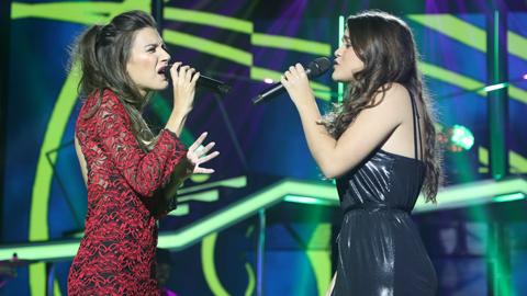 Operación Triunfo - Ana Guerra y Amaia cantan 'Todas las flores' en la gala 2