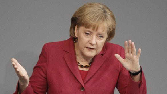 Angela Merkel durante su discurso en el Parlamento alemán